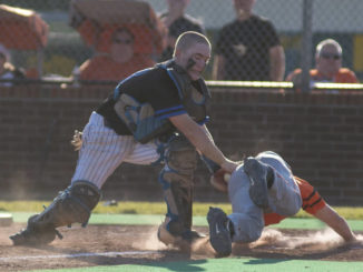 Raceland roughs up Lewis in district title game