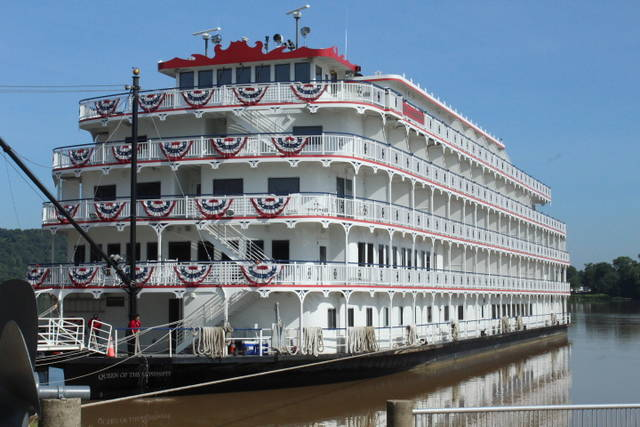 Riverboats to visit Maysville