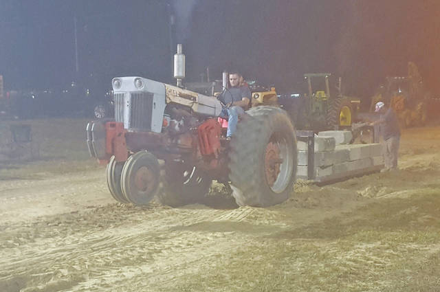 Tug Tractor Pull takes place at Tollesboro Fair