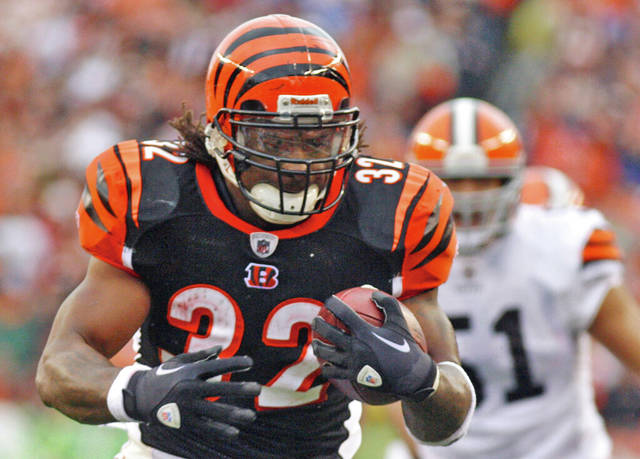 Former Bengals RB Benson dies in motorcycle accident
