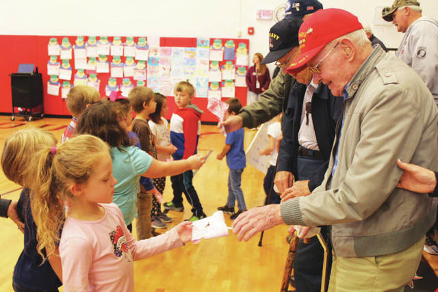 RCS students and staff honor veterans