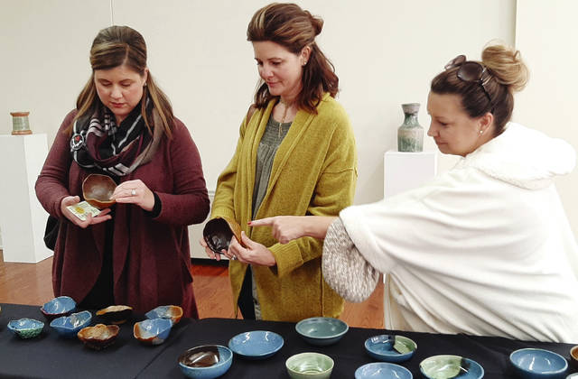 Empty Bowls draws full crowd