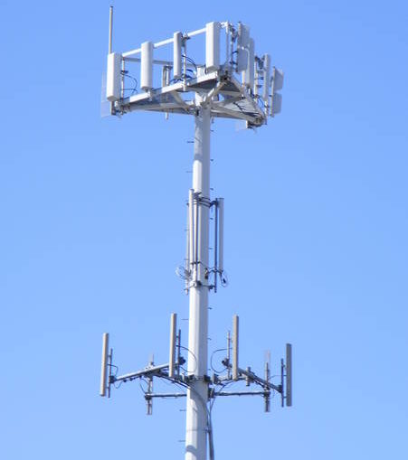 New cell tower owner ups fee for emergency equipment