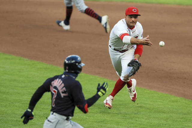 Bullpen blows another for Reds